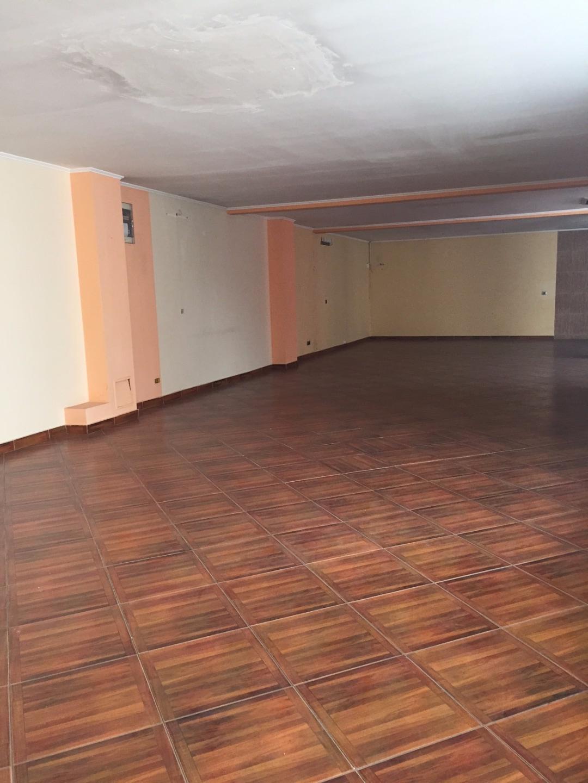 Vanzare CASA / VILA peste 5 camere Colentina Bucuresti