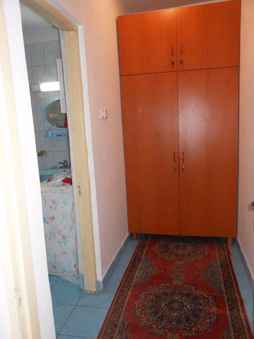 Vanzare CASA / VILA 5 camere Crangasi Bucuresti