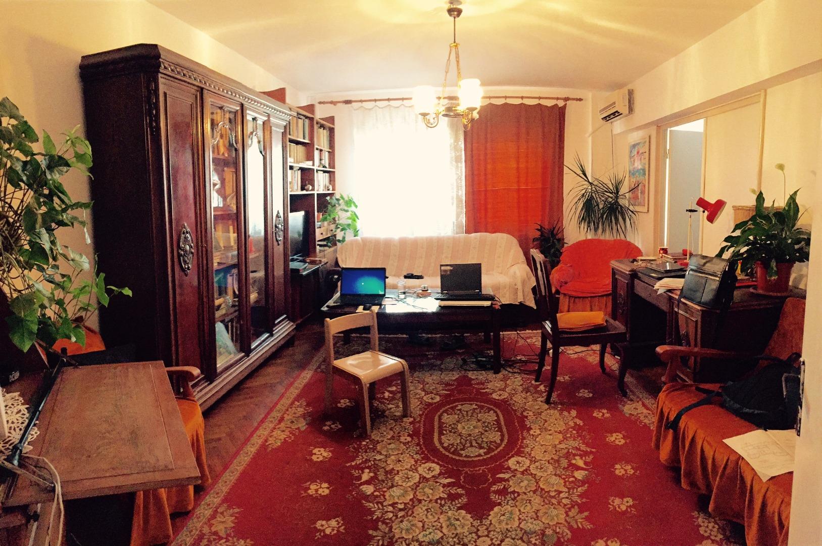 Vanzare APARTAMENT 4 camere Pantelimon Bucuresti