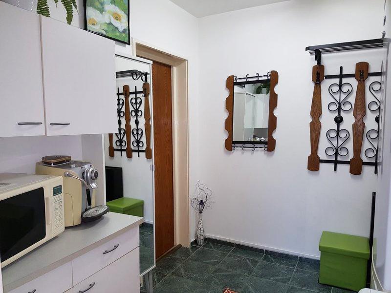 Vanzare APARTAMENT 4 camere Drumul Taberei Bucuresti