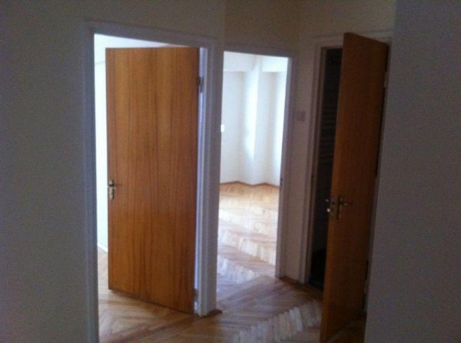 Vanzare APARTAMENT 3 camere Bucur Obor Bucuresti